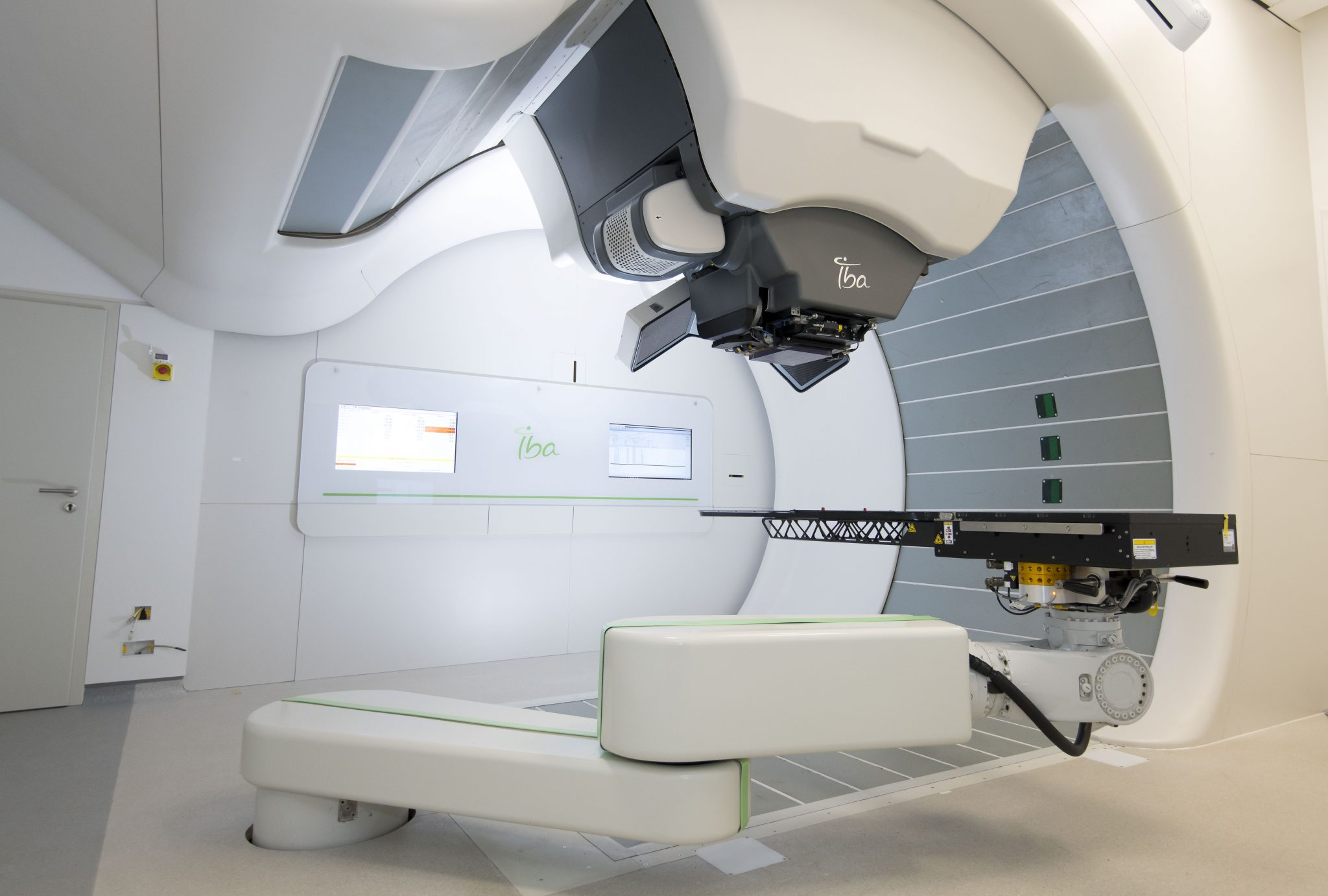 Uk S First Proton Beam Therapy Machine Testing Approved